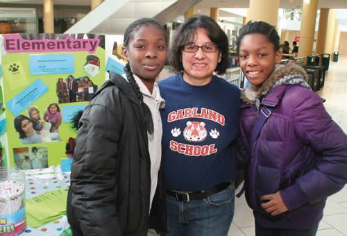 - mps-staff-and-students-participate-in-milwaukee-school-fair-at-grand-avenue-mall
